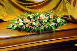 Flower arrangement on the coffin 11