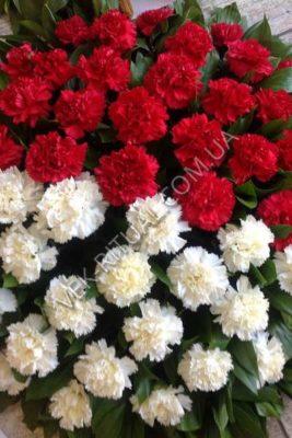 Ритуальний букет з живих квітів
