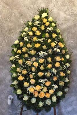 Венок из живых цветов 9