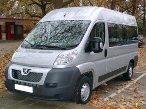 Микроавтобус «Peugeot» (серого цвета)