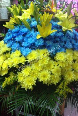 Венок из живых цветов 43