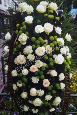 Вінок з живих квітів 55