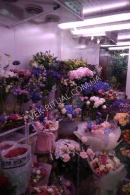Букет з живих квітів 32