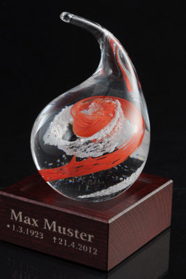 Commemorative glass with dust particles  (ps02-4)