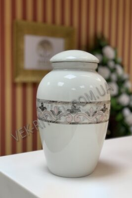 Urn for ashes 6