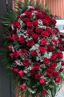 Венок из живых цветов 64