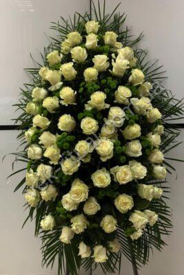 Венок из живых цветов 65